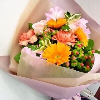 歓送迎会や記念日に花束をご用意致します♪