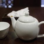 南青山エッセンス - ランチのドリンク。中国茶