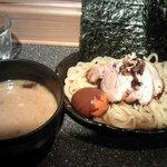 ラーメン厨房 麺バカ息子 徹 - 極太麺!デカ海苔!濃厚つけ汁!