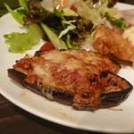 セブンストック - 茄子と鶏ミンチのトマトチーズ焼き