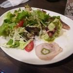 セブンストック - グラタンランチのセットサラダ+前菜3種