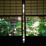 31158206 - この日は庭に面したいいお席に案内していただきました。