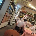 スペイン料理銀座エスペロ - テーブル席