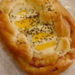 カワギシベーカリー - 料理写真:ベーコンエッグ