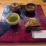 茶の葉 - 煎茶セット   756円