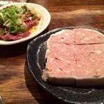 ホルモン酒場 焼酎家「わ」 - 自慢のパテと和牛ハツ刺し!