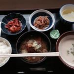 牧之原サービスエリア(下り) - 自分で選んだ朝食、ほとんど野菜。