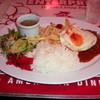 ブルームーン・カフェ - 料理写真:アメリカンバーグランチ880円(消費税込950円)ドリンク付