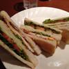 ファーム - 料理写真:木曜日の550円セット/ クラブハウスサンド