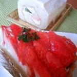 お菓子工房 うふふ - イチゴタルトとミニロールケーキ