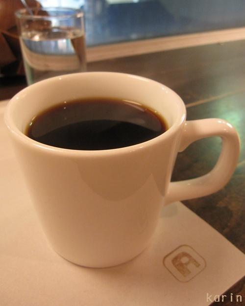 カフェ・アパートメント