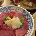 磯丸水産 - ランチ「マグロ丼 アサリの味噌汁」