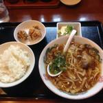 博多ラーメン 味の蔵 - 昼定食