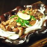 森ノ宮応援酒場 菜蔵 - 豚ハラミの陶板焼き