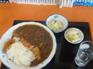 白樺食堂 - カツカレー(小鉢・おしんこ付)