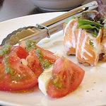 飲み食い集まるJam~ - カプレーゼとスモークサーモンの前菜