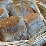 メーラレン - 自家製ライ麦パン(カルマ・モーラコース)