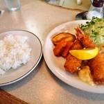 精養軒 - 料理写真:海老フライ & ライス