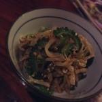 亞細亞食堂サイゴン - 料理写真:お通し:もやしとゴーヤの辛いやつ