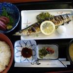 とり福 - 日替わり定食・650円