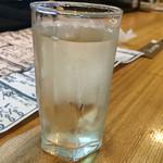 ととや - 徳次郎 特別純米酒(グラス¥400)