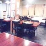 味楽苑 - テーブル席