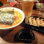 3122401 - 赤みそ味噌ラーメン、餃子、中生