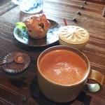 喫茶古良慕 - ミルクティ(430円)
