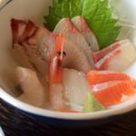 ドライブイン 光洋 - 定食のお刺身。