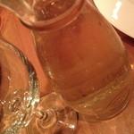 イタリアンダイニング・チムチム - 4,500円コースのフリードリンクのワイン。デキャンタもしくはグラスでの提供です。2014年10月