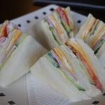 リビングバー はなます - 料理写真:サンドウィッチ 380円