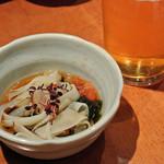 香家 - 【先付】若布と馬鈴薯のソーメン仕立て ~いくらと薬味添え~