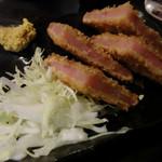 酌 - ハムカツ(180円)