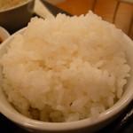 蓬莱軒 - ご飯がてんこ盛りなのが嬉しいですね~♪