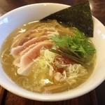 麺ゃ しき - 支那そば(780円)+麺大盛(100円)
