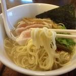麺ゃ しき - 支那そば(780円)+麺大盛(100円)麺リフト