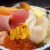 魚河岸処 仙 - 料理写真:海鮮丼(上)