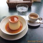 マーロウ - 北海道フレッシュクリームプリン! これにエスプレッソが絶妙でいい!お気に入りの組合せなんです。