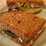 CAFÉ Kogetsudo - この日のピクルスは インゲンとキュウリ♪有機野菜です♪全粒粉100です♪