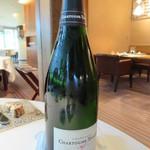 31245111 - シャンパンのボトル