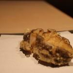 天孝 - 料理写真:あわびの天ぷらこれはすごい