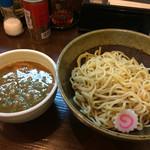 麺屋 たけちゃん - つけ麺 醤油ラーメンと具材は同じでトロトロチャーシュー美味しい〜♫