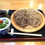 雪峰庵 - 料理写真:二色盛りそば