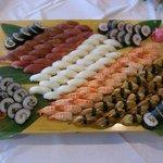 レストラン きらり - バイキングでは職人さんが目の前で寿司をにぎります