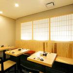 寿司 櫓 - テーブル席