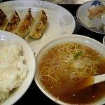 3125434 - 餃子定食