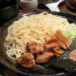 初音屋 - 自家製麺地鶏つけ麺