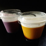 パラオア - 紫いもプリン(左)かぼちゃプリン(右)