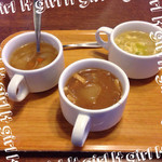 トマト&オニオン - 料理写真:スープは3種類♡