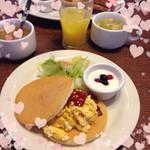 トマト&オニオン - パンケーキモーニングセット♡